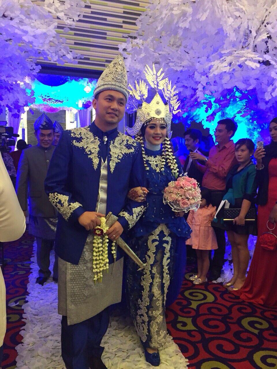 Pakaian Adat Lampung Pesisir