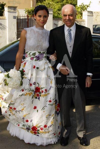 una boda con esencia a polvora | mundo novias | vestidos de boda
