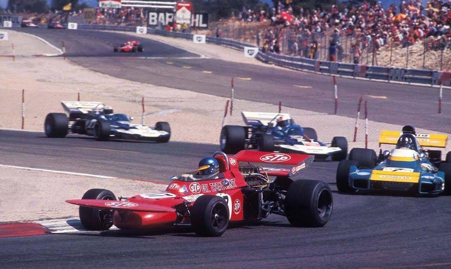 Bengt Ronnie Peterson (SWE) (STP March Racing Team), March 711 - Alfa Romeo T33 3.0 V8 (RET) Norman Graham Hill (GBR) (Motor Racing Developments Ltd.), Brabham BT34 - Ford-Cosworth DFV 3.0 V8 (RET) 1971 French Grand Prix, Circuit Paul Ricard