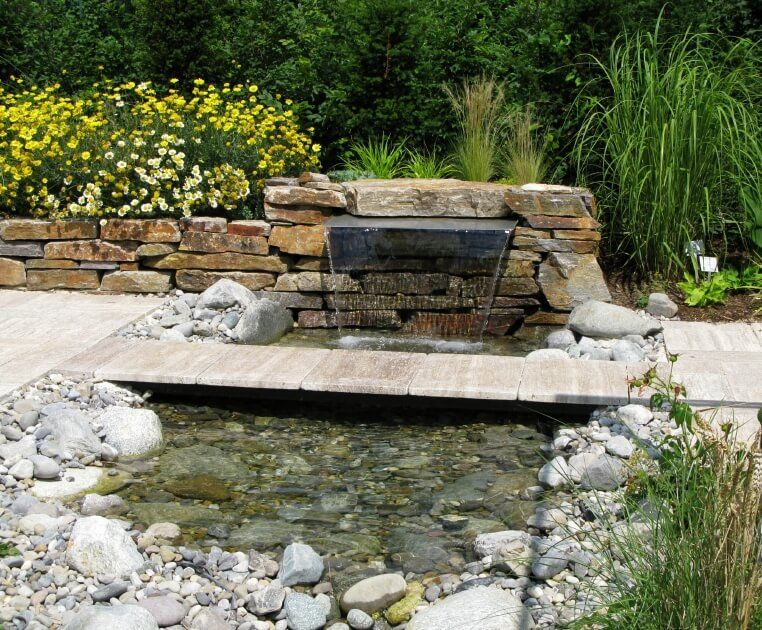 60 backyard pond ideas photos ponds ponds backyard for Garden pond fountain design