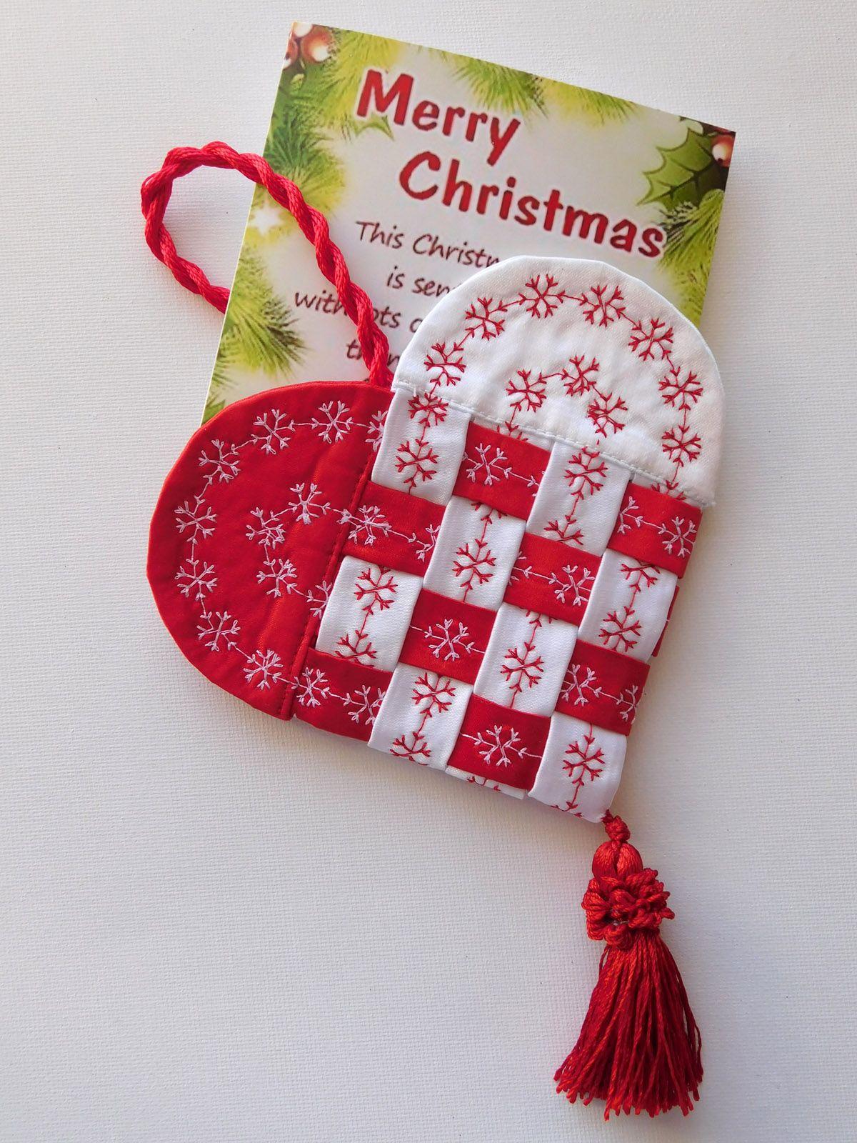 How To Make A Fabric Scandinavian Heart Annie S Xmas