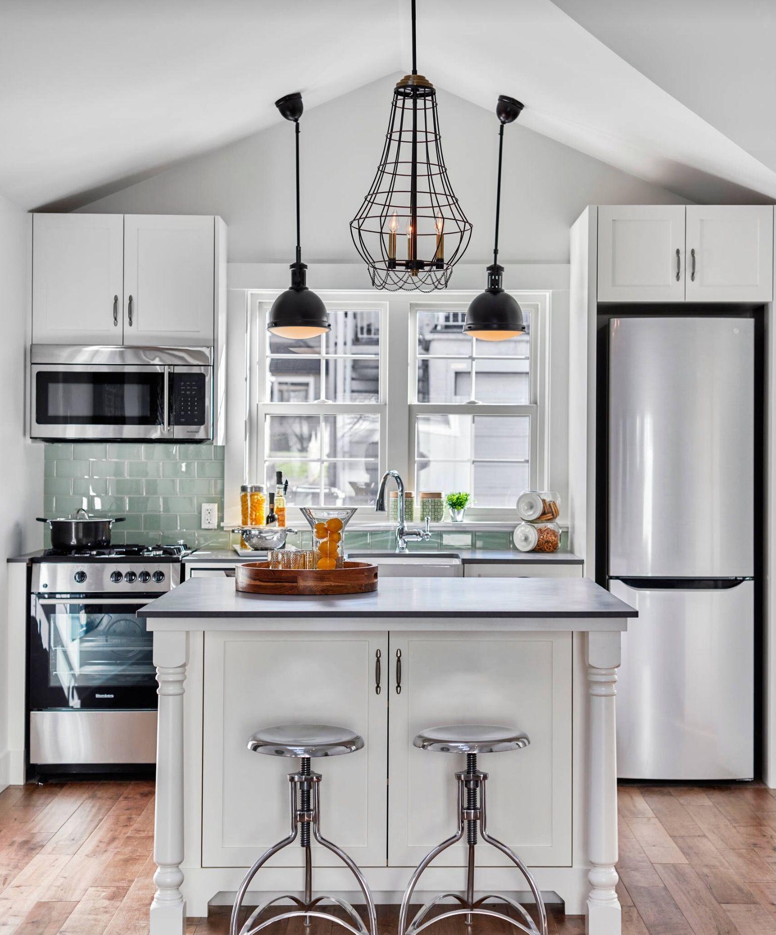 Guest house   Small kitchen layouts, Kitchen design small, Kitchen ...