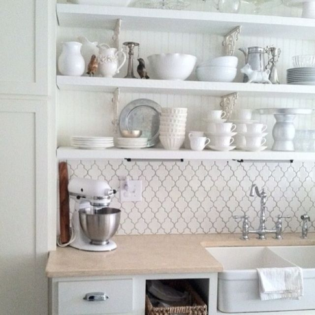 Cottage Style Kitchen Tiles: Lattice Backsplash With Gray Grout