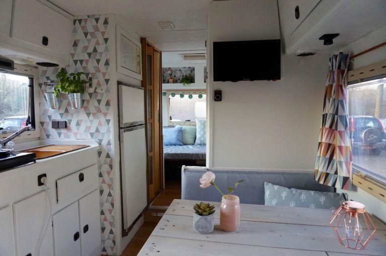 Caravan Kastje Badkamer : Kastjes in combi met behangpapier caravan concreet