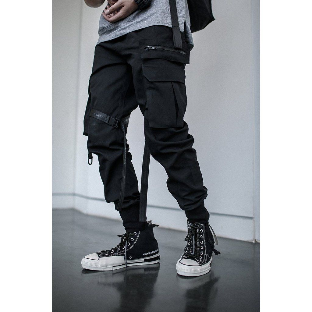 Pin by Digital Sage on Techwear Tactical cargo pants