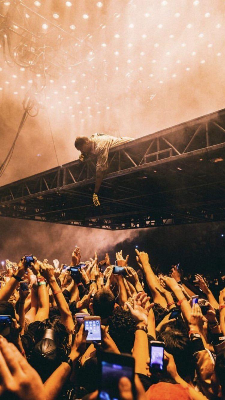 Pin By Chop On Flower Boys Kanye West Wallpaper Saint Pablo Tour Rap Wallpaper
