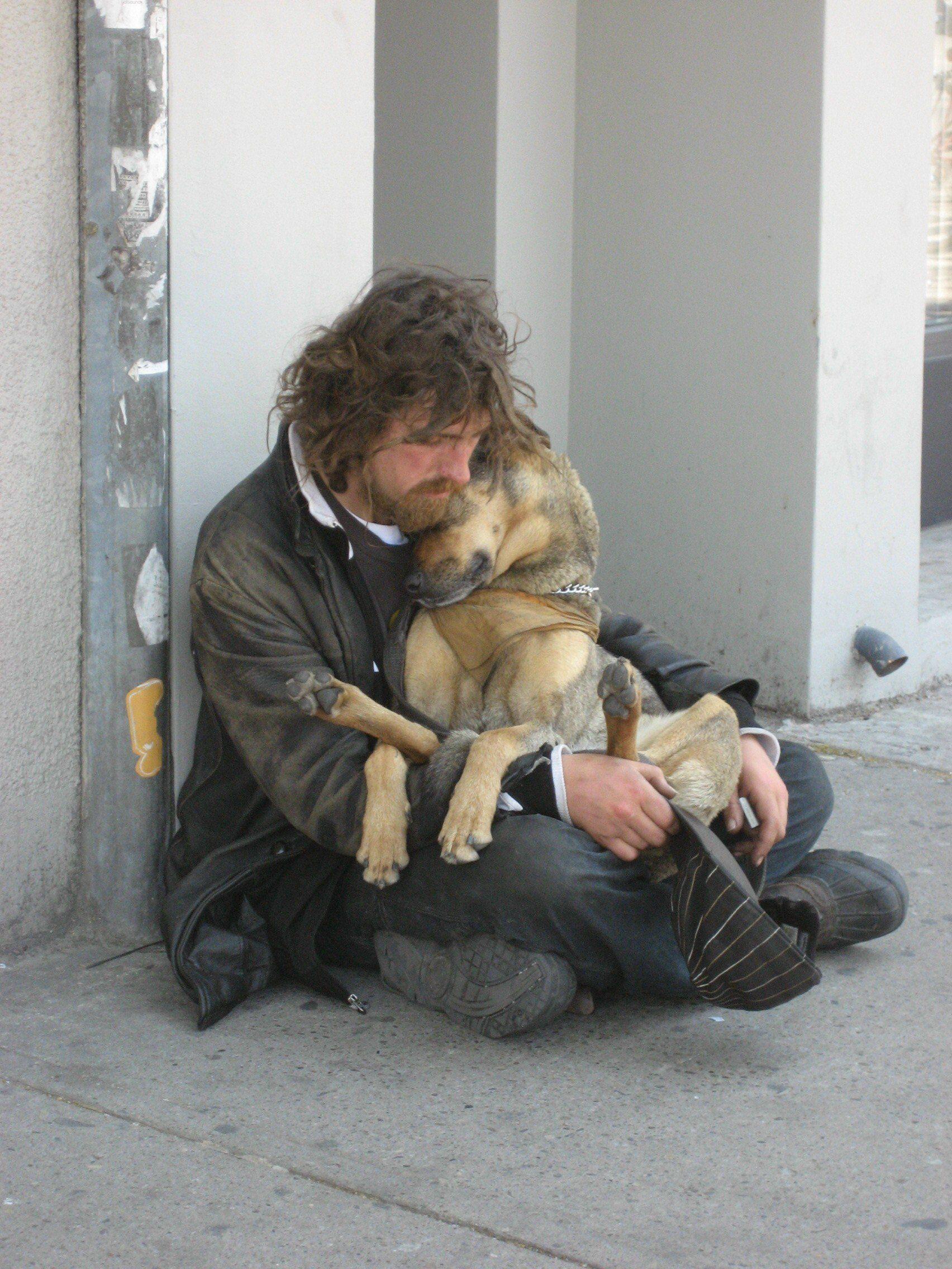 Homeless Man And His Dog Dog Cuddles Heartwarming Photos Dog Love