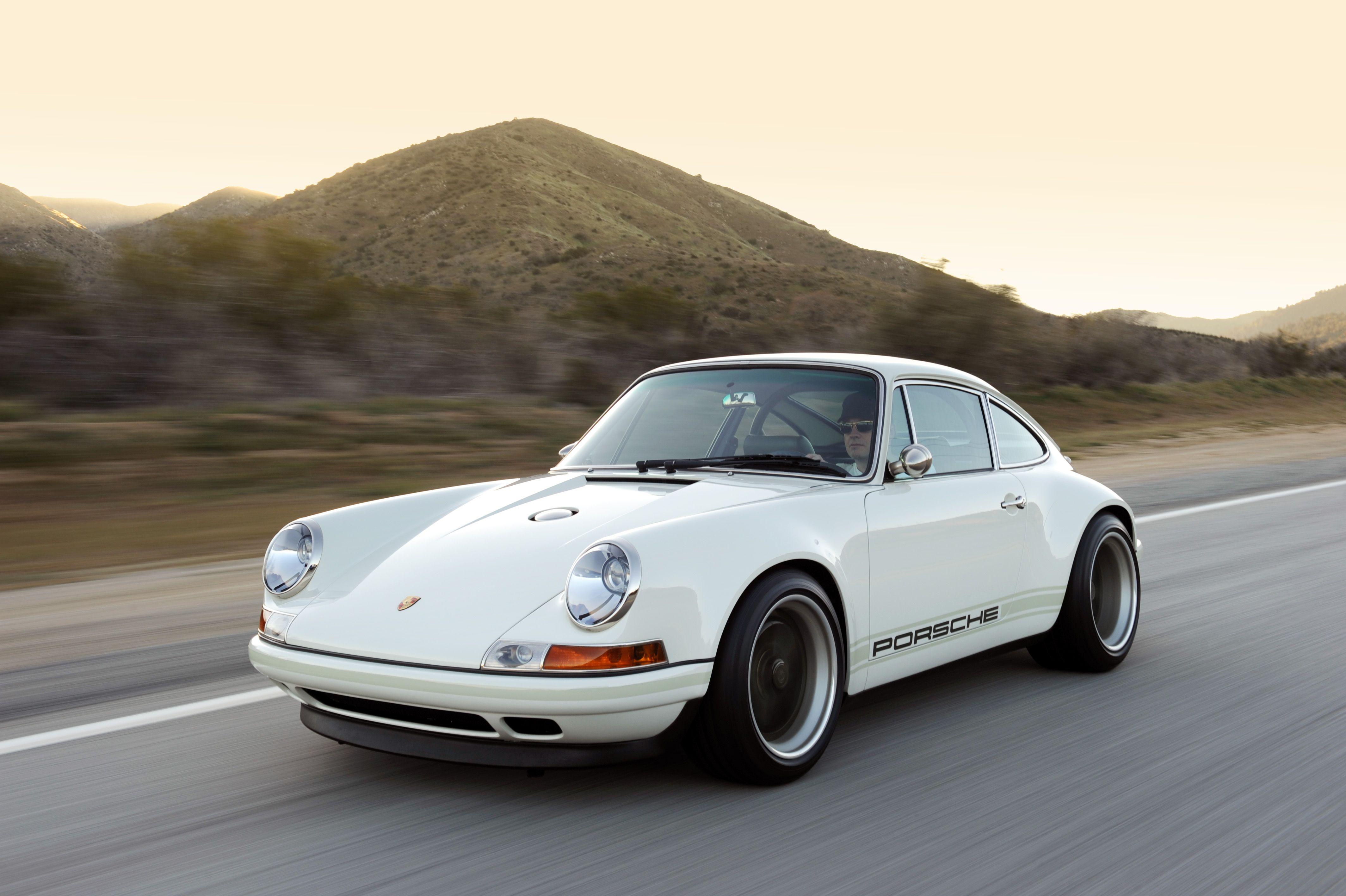 Singer Porsche 911 70 S Singer Porsche Porsche 911 Custom Porsche