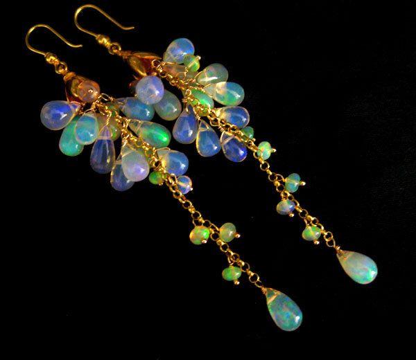 SALE-AAA Ethiopian Welo Opal-Solid 18k Gold Cascade Waterfall Earrings di mariewudesigns su Etsy https://www.etsy.com/it/listing/170050867/sale-aaa-ethiopian-welo-opal-solid-18k