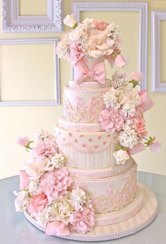 Very pink and feminine wedding cake   MODwedding ᘡղbᘠ