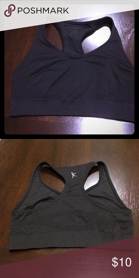 01f8723e5f5a7d Danskin sports bra Says medium fits more like a small. Tags worn off but in  great condition. Danskin Intimates   Sleepwear Bras