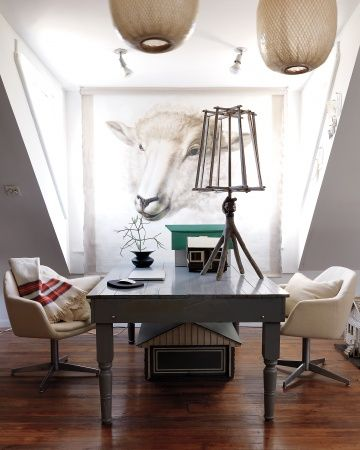 Create interesting scenes and vignettes by grouping various items together, as Jeffrey Moss did here.