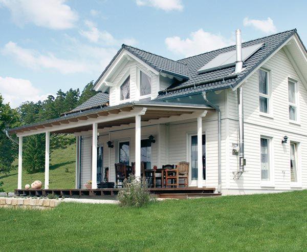 das macht ein amerikanisches haus aus holzbauweise. Black Bedroom Furniture Sets. Home Design Ideas