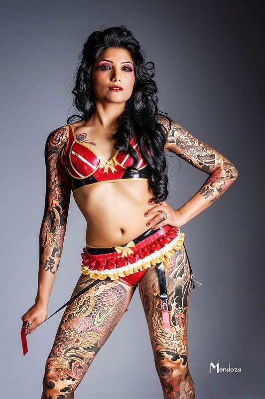 tatueringar dominatrix liten