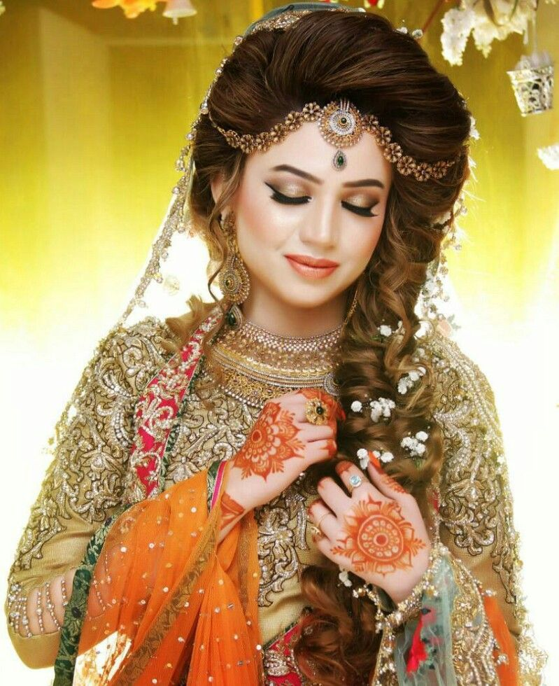 Wedding Hairstyle Pakistani: Pin By Zainab Tanveer On Fine Art And Umarish Weddings