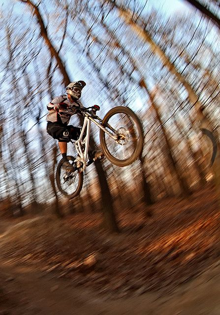 Jump Mountain Bike Trails Downhill Mountain Biking Mountain Biker