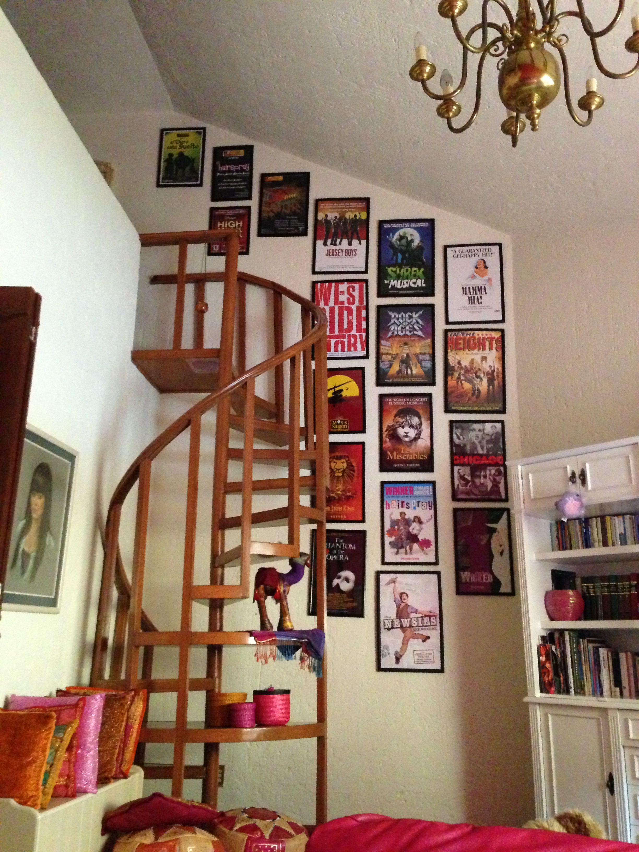 Musical theatre wall i want this in my dream room for Broadway bedroom ideas