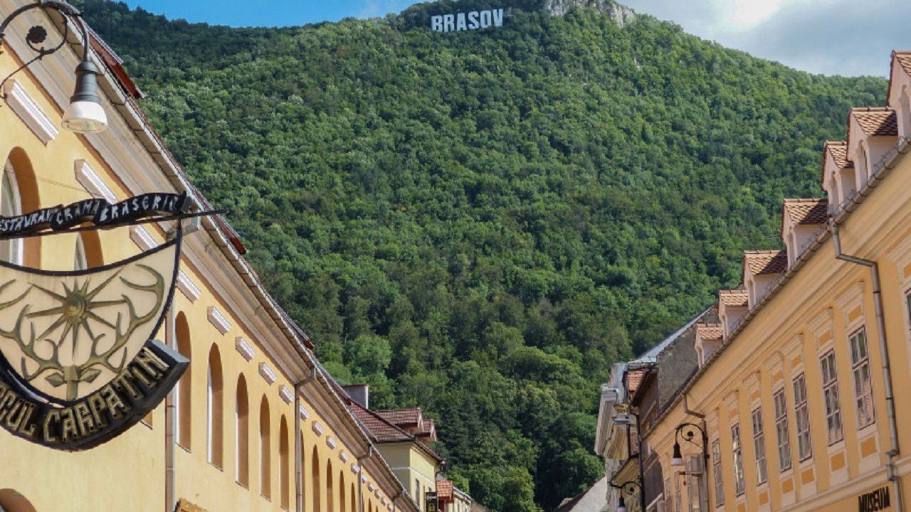 Private Bucharest OTP Airport Transfer to Brasov Travel