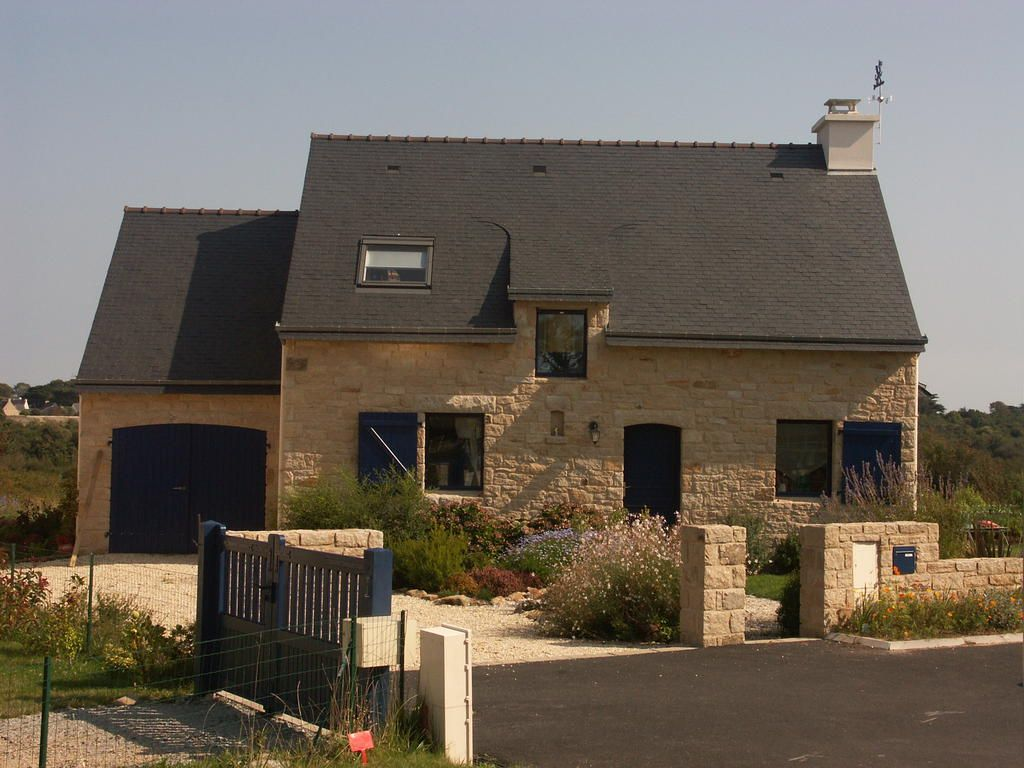 Construction traditionnelle fa ade en pierre d 39 elven - Facade architecture maison ...