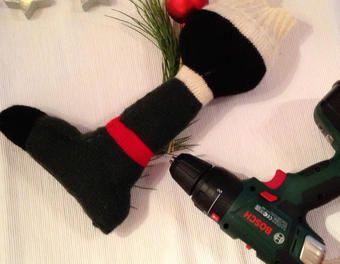 …muss es denn immer ein Koffer sein? :D Die Anleitung für diese süße Verpackungsidee findet Ihr hier. Still looking for the perfect way to wrap the perfect gift? :D #makeityourhome #bosch #christmas