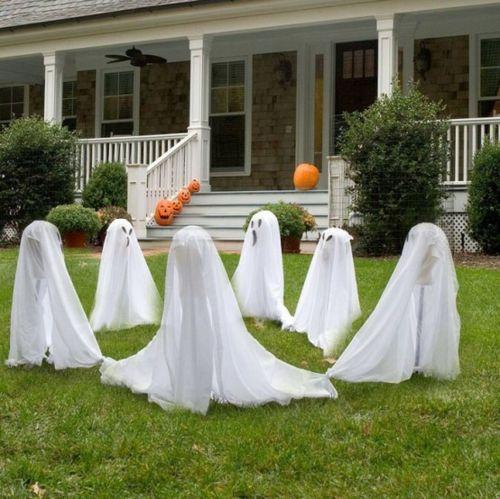 60 Coole Party Dekoration Im Garten Zu Halloween Halloween Haus Halloween Deko Ideen Halloween Selber Machen