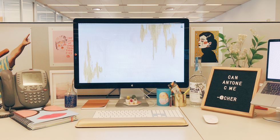 10 Decor Ideas To Give Your Basic Cubicle Actual Personality images
