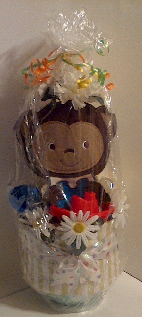 A small Diaper Cake I did for my Daughter-n-Law\'s Baby Shower. This ...