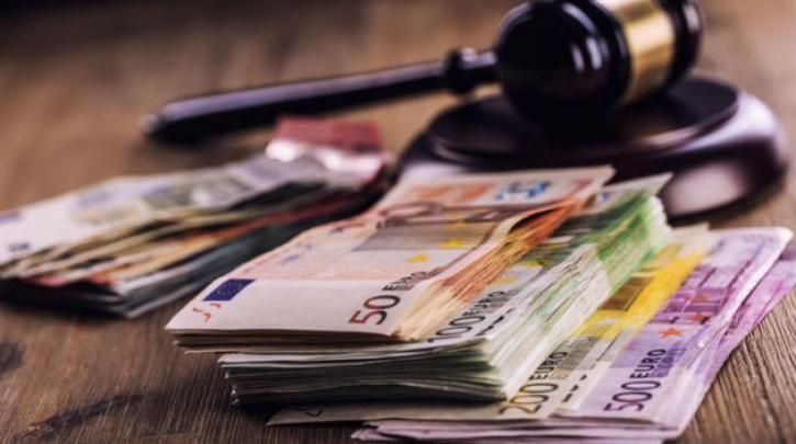 Και γνωστοί επιχειρηματίες τίθενται υπό έλεγχο: Ανοικτές οι έρευνες της Δικαιοσύνης για τυχόν διάπραξη οικονομικών και φορολογικών αδικημάτων :: left.gr
