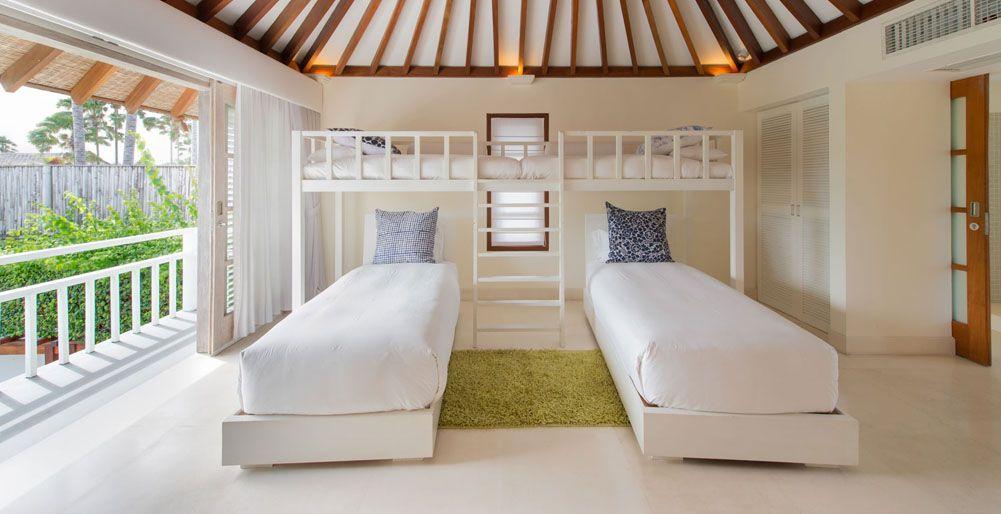 Kids Bedroom Mezzanine ceiling love. villa jajaliluna-jajaliluna - | bali villa