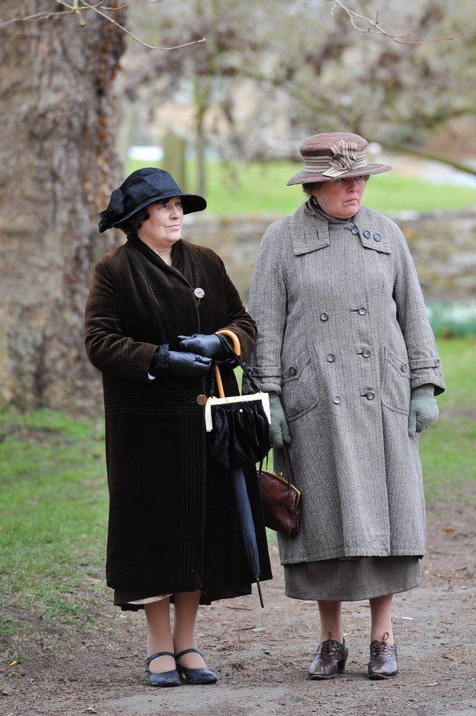 Pingl par y i y i y ii sur lark rise to candleford pinterest g - Downton abbey histoire ...