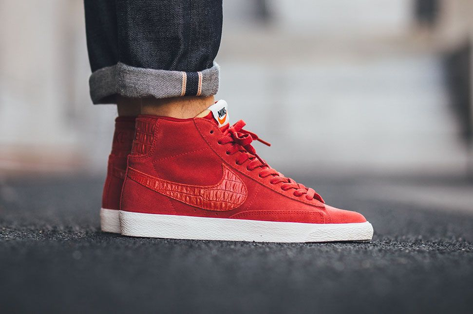nike blazer mid premium vintage gym red croc suede eu
