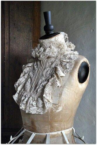 pinlinda sumruld on collars  vintage dress form