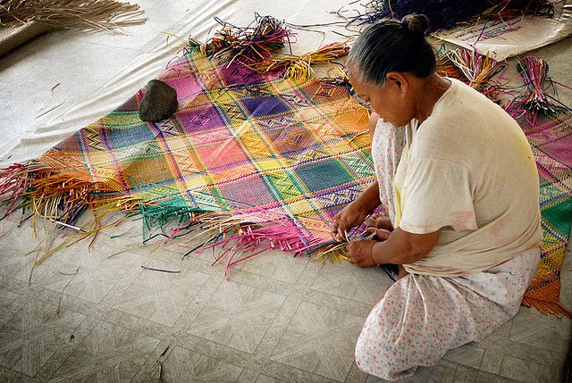 A Banig Is A Handwoven Mat Traditionally Used In Philippines For Sleeping And Sitting The Mat Is Ma Philippine Traditions Philippines Culture Filipino Culture
