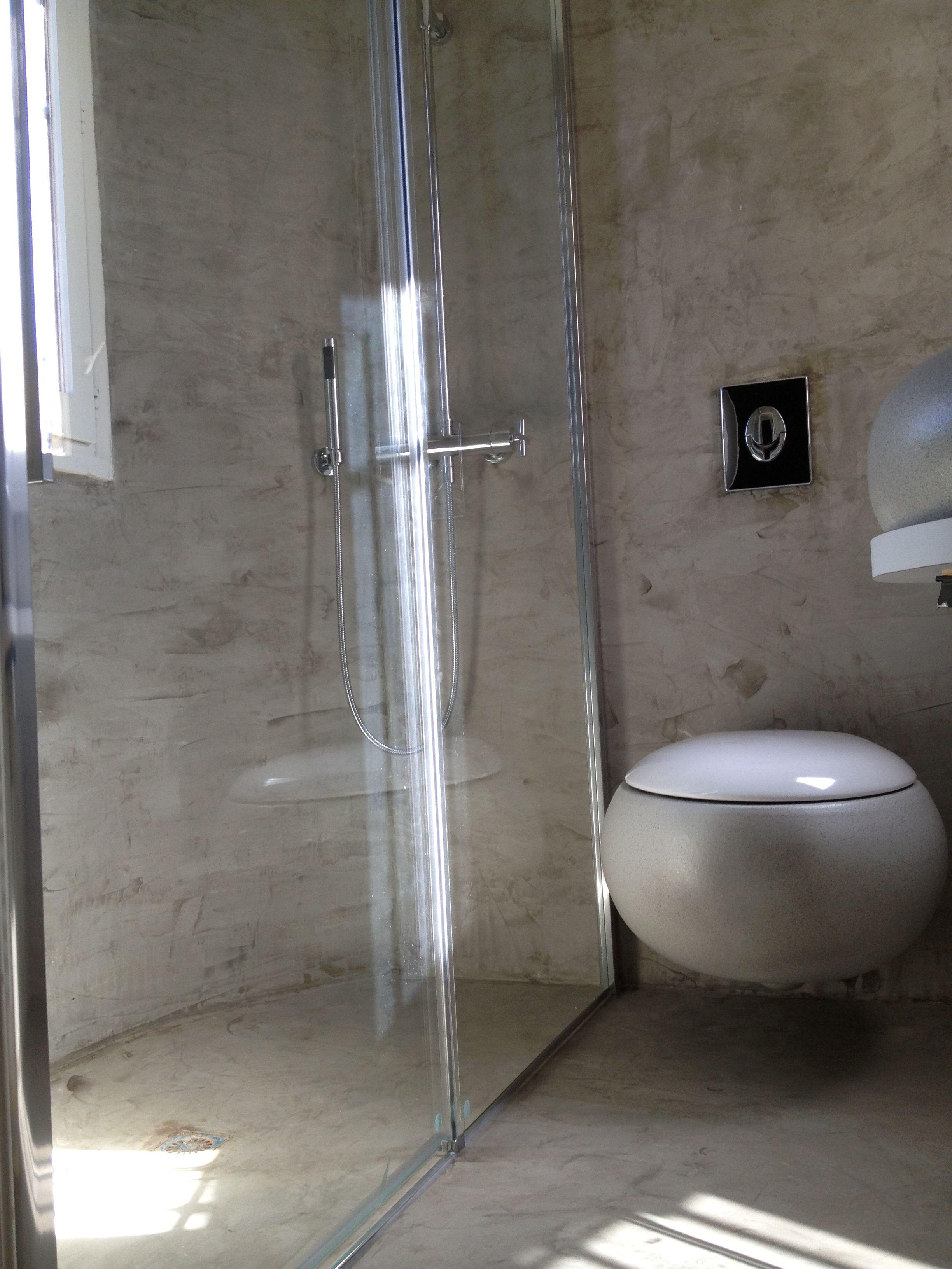 tadelakt gris dans salle de bain | Déco salle de bain | Salle de ...