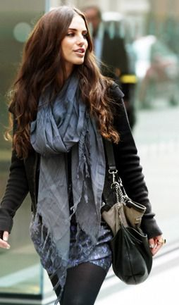Jessica Lowndes has awesome style... and she's a babe.