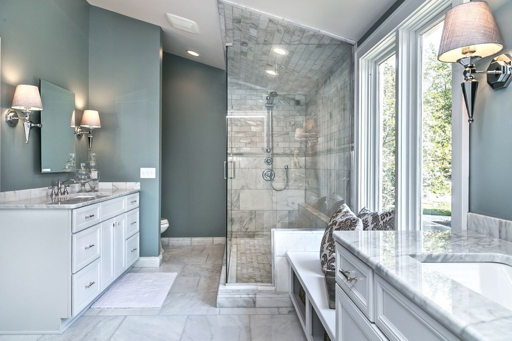 Contemporary Master Bathroom With Window Seat White Carrara Xtra Polished Marble Complex M Master Bathroom Layout White Master Bathroom Beach Bathroom Design