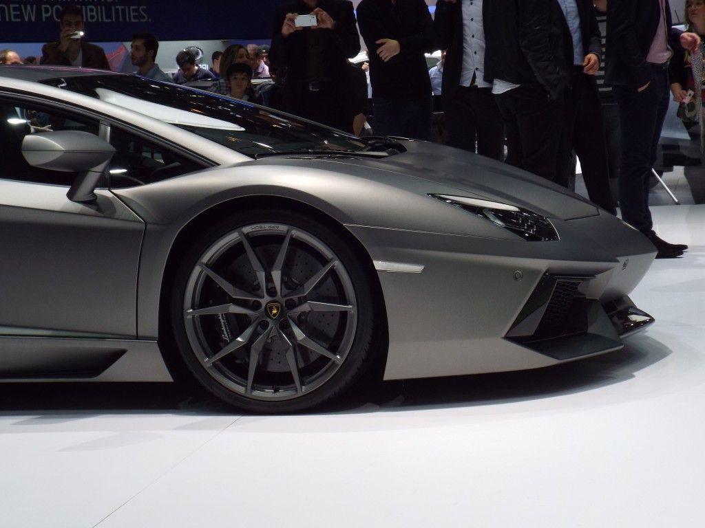 Lamborghini Huracan in stealth grey  #Supercars #MegaAutos