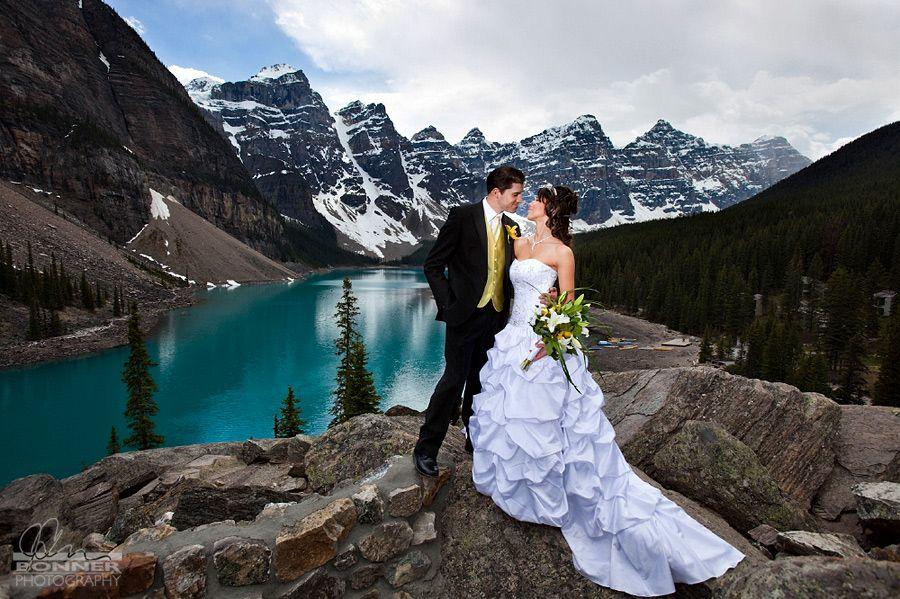 Wedding Venues Tonya Freddy S Moraine Lake Fantasy Elopement Sweet Occasions Banff
