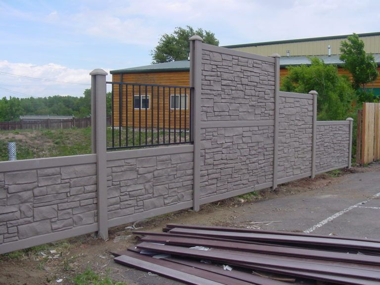Simtek Fencing in 2020 Modern fence, Fence, Privacy