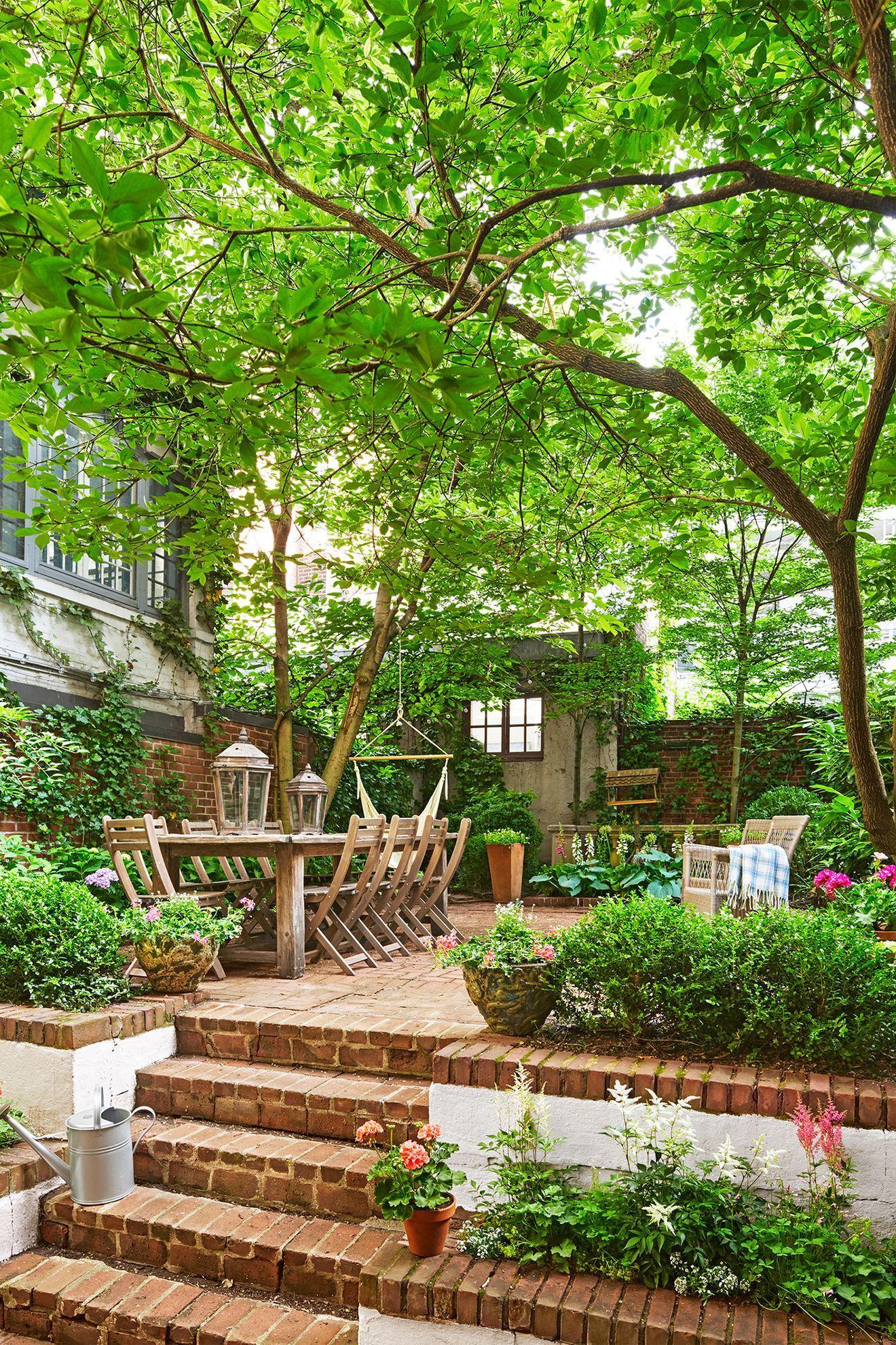 Photo of 29 Ways to Make a Small Backyard Feel Twice Its Size