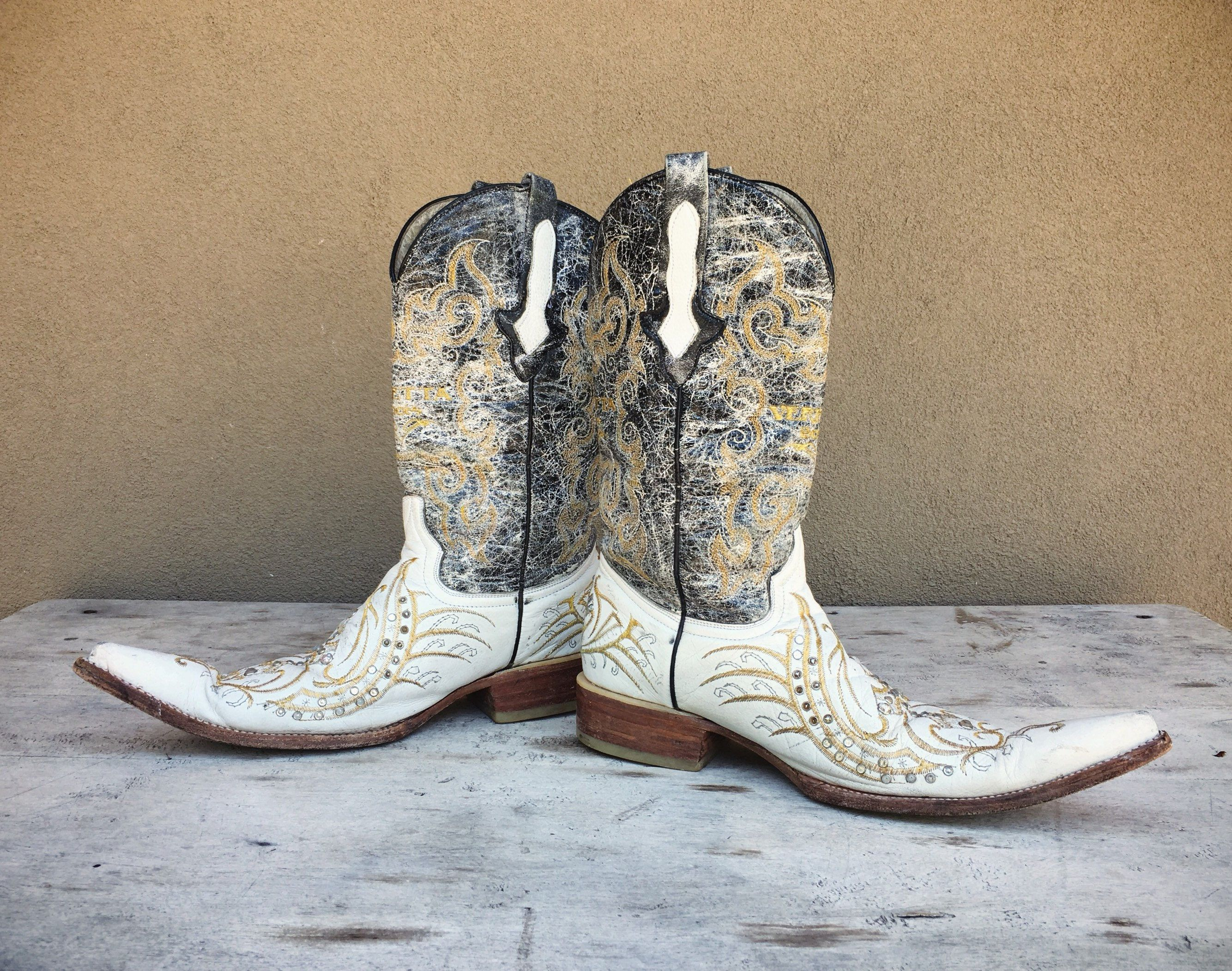 3a6ce0cf43f26 Vintage Mexican Pointy Toe Boot Men's Cowboy Boots White and Black ...