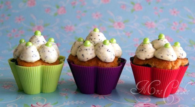 Mohn-Cupcakes mit Mascarpone-Frosting