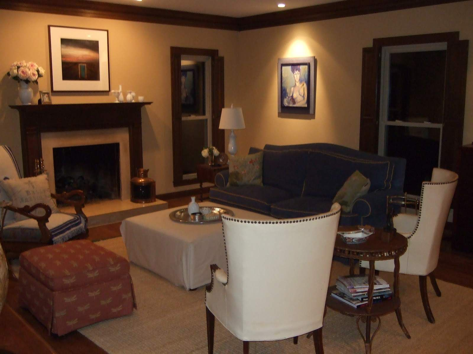 living room colors with wood trim o living
