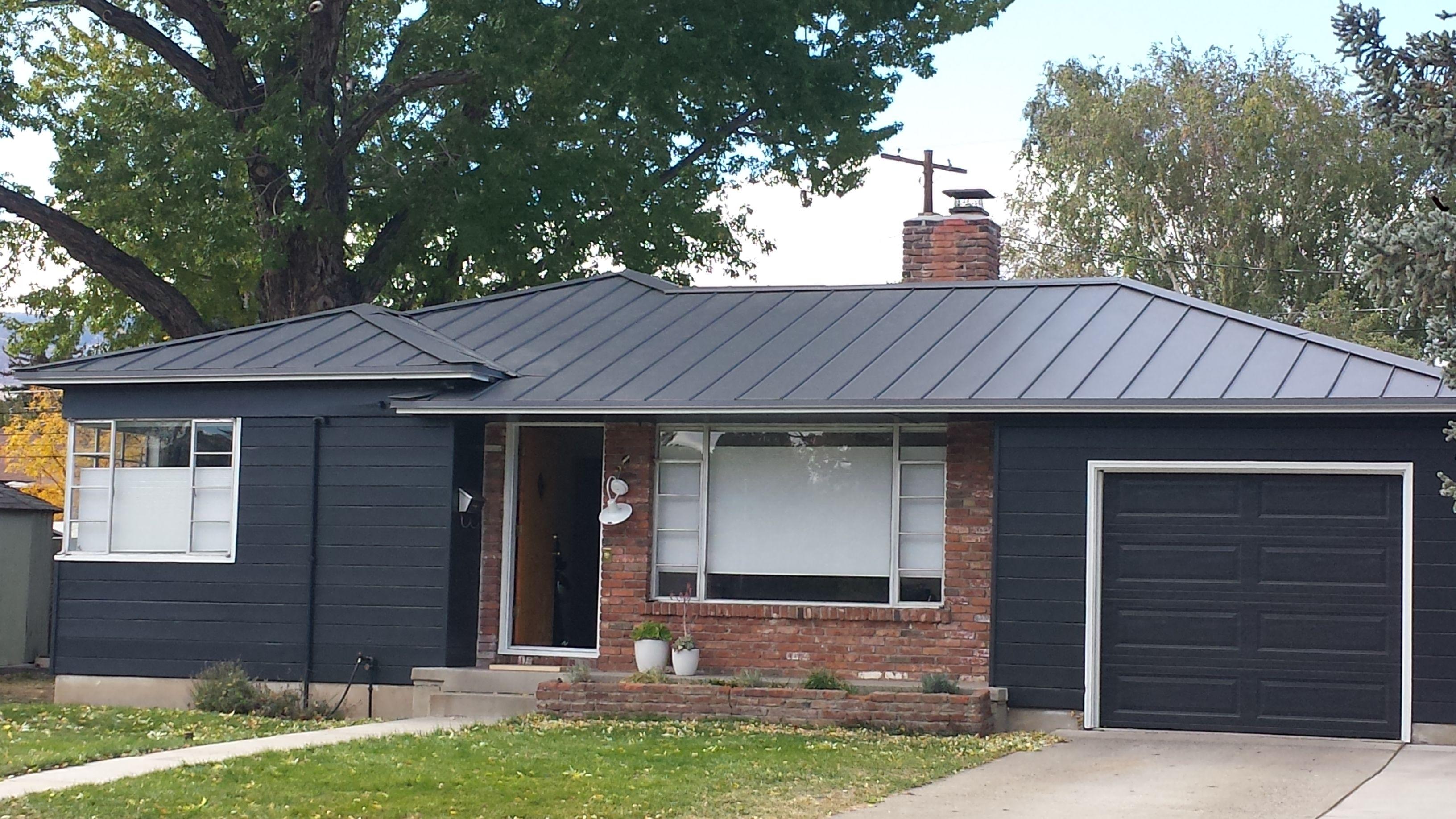 Standing Seam Metal Roof True Green Roofing Reno Nv Best Solar Panels Solar Roof Shingles Solar Panels