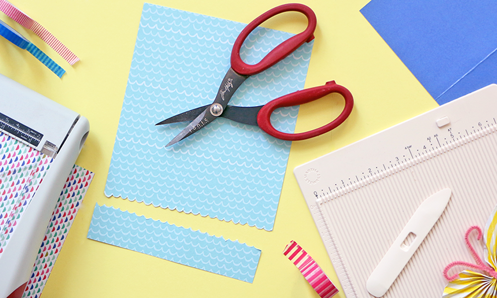 5 Must Have Paper Crafting Tools Crafts And Diy Pinterest