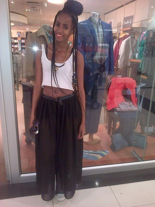 randomly spotted here :) near my college  #cape town #street style #box braids #skinny #red lips