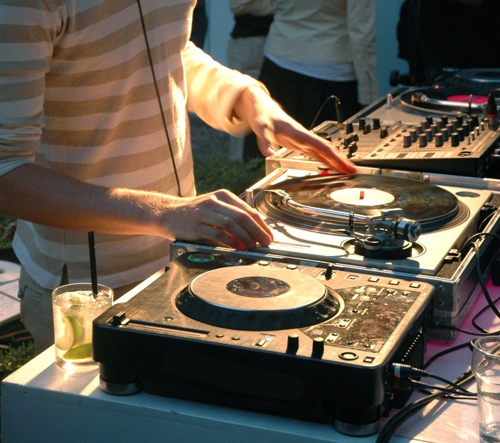 Wedding Band Or DJ