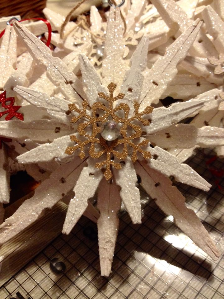 Being inspired by Eighteen25\u0027s glittered clothespin ornament, I - dollar general christmas decorations