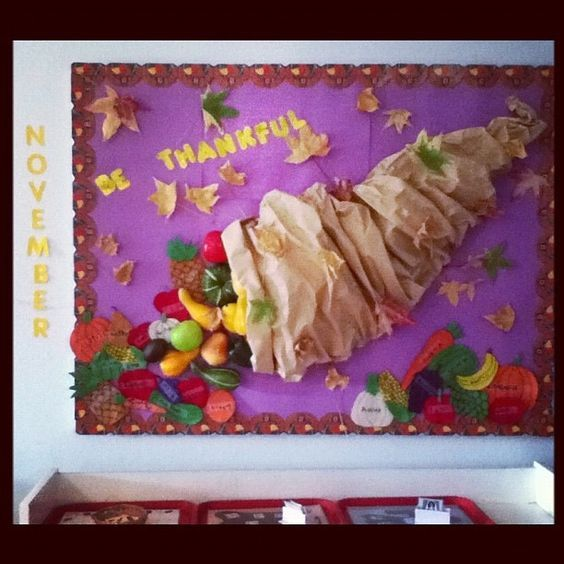 30 Fall Bulletin Board Ideas which are Colorful & Meaningful - Hike n Dip #novemberbulletinboards