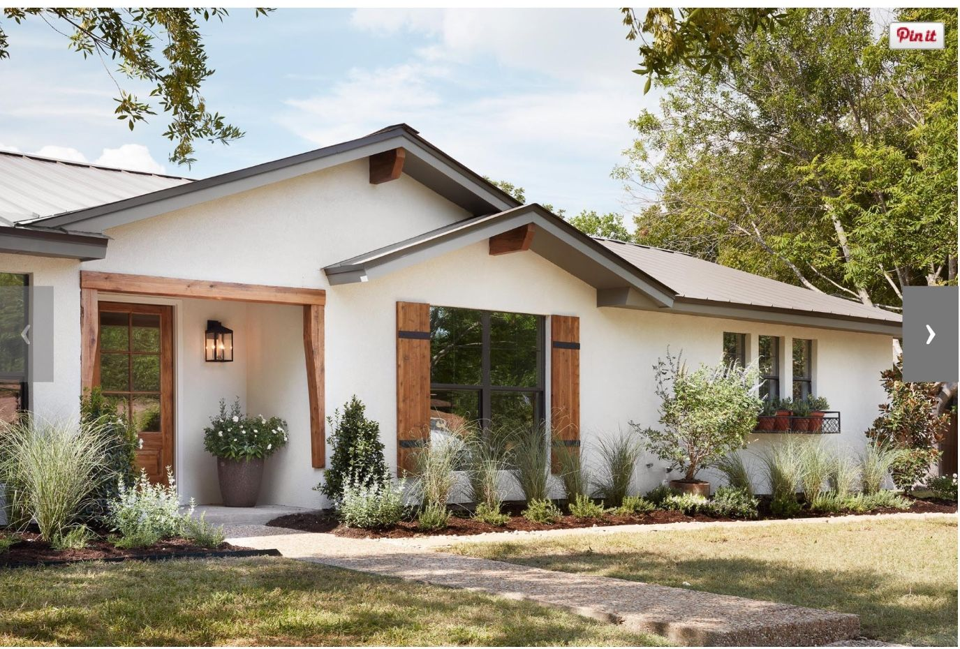 White Rustic Ranch In 2019 Exterior House Colors Modern